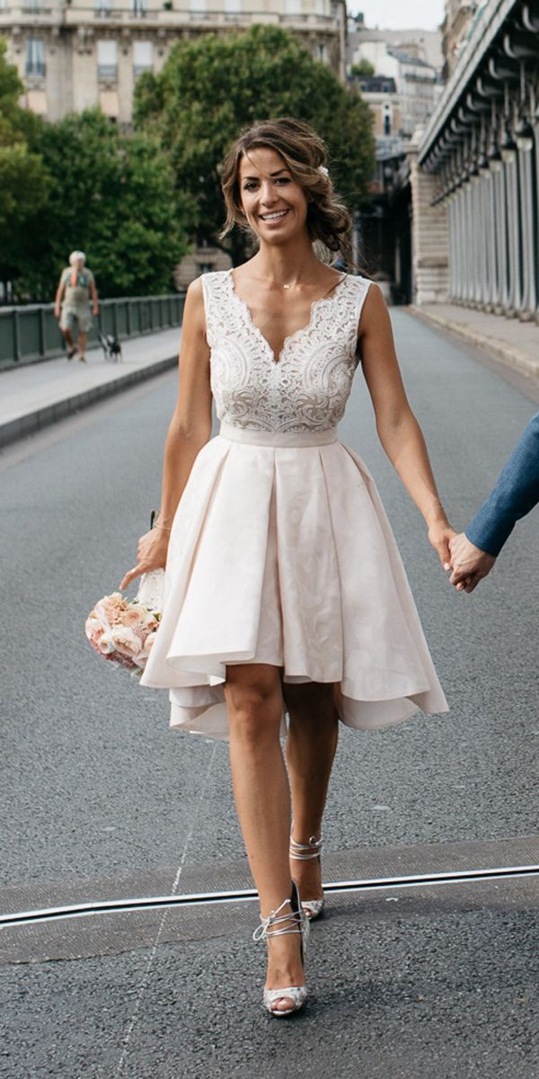 27 Awesome Simple Wedding Dresses For Cute Brides Wedding Dresses Guide Short Bridal Gown Simple Wedding Dress Short Backyard Wedding Dresses