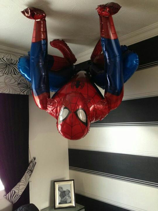 Spiderman airwalker balloon www.bellissimoballoons.co.uk
