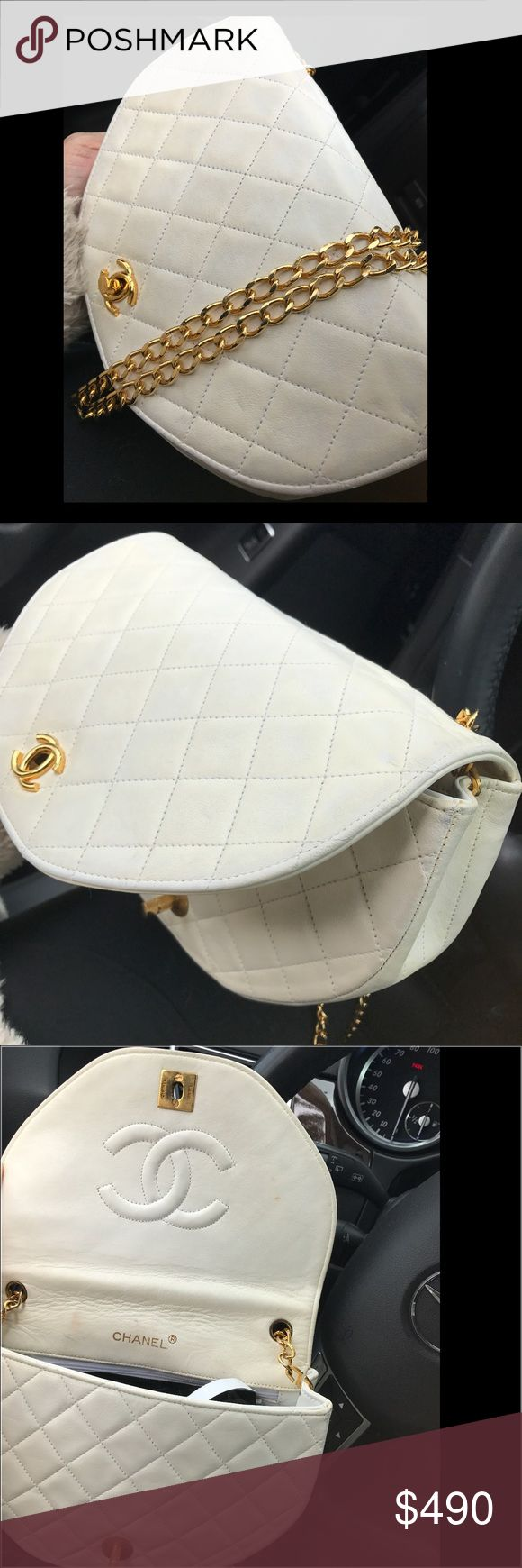 CHANEL Bag Used, vintage 24k gold chain still very shiny, the bag is white but now is turning beige, Shows signs of use, in the back have some black stains . Inside the bag have date code and authentication card. ( No stamp) please review pictures before purchase. Inside the bag fit an iPhone 7 plus plus small wallet & car key etc.. CHANEL Bags Crossbody Bags