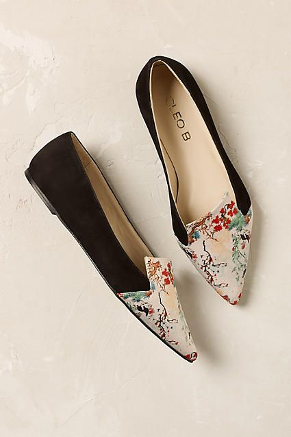 Mandarin Flats. These oriental inspired pumps are feminine and playful, ready to be paired with a midi skirt or jeans.
