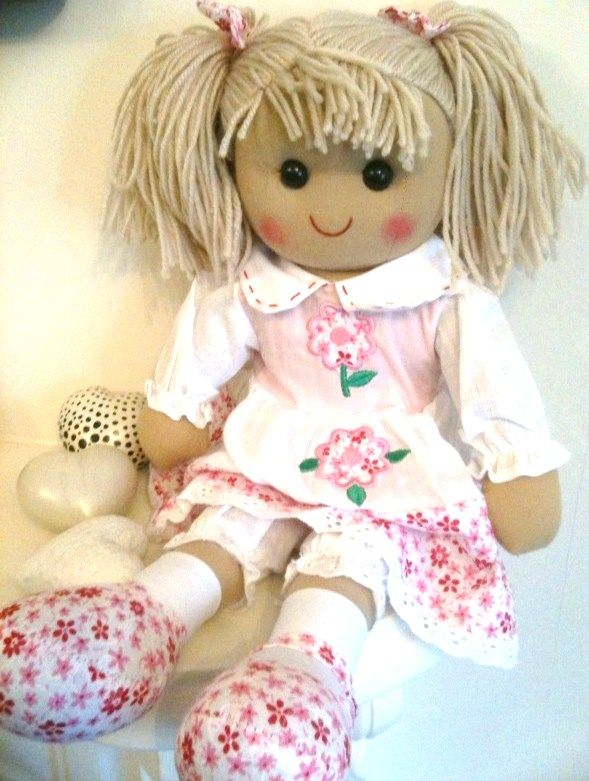 pattern ~ make your own rag doll For my niece/ I am going to make a ...