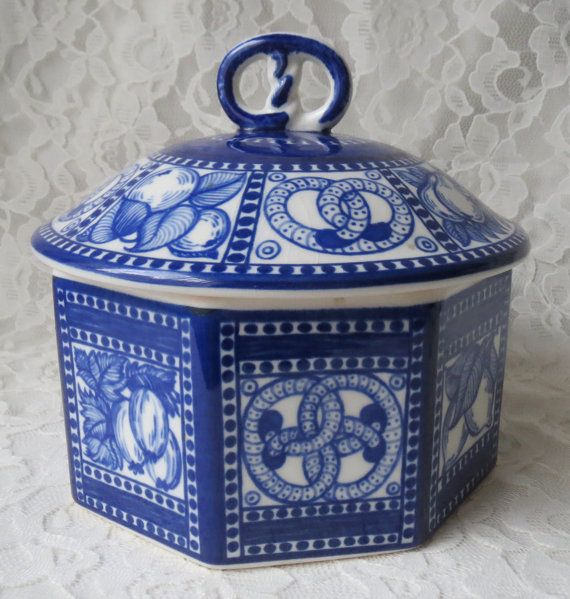 Vintage 1914 H Bahlsens Octagon German Stoneware Blue And