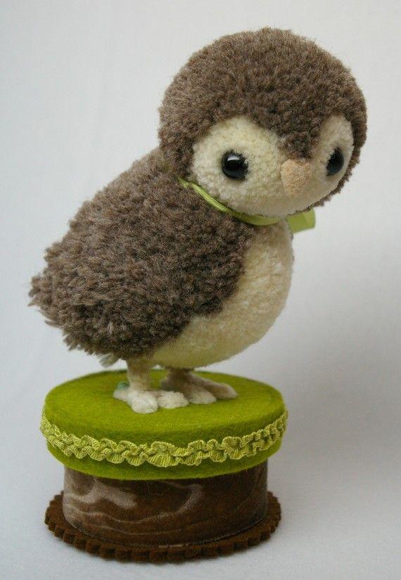 cute-pom pom owl