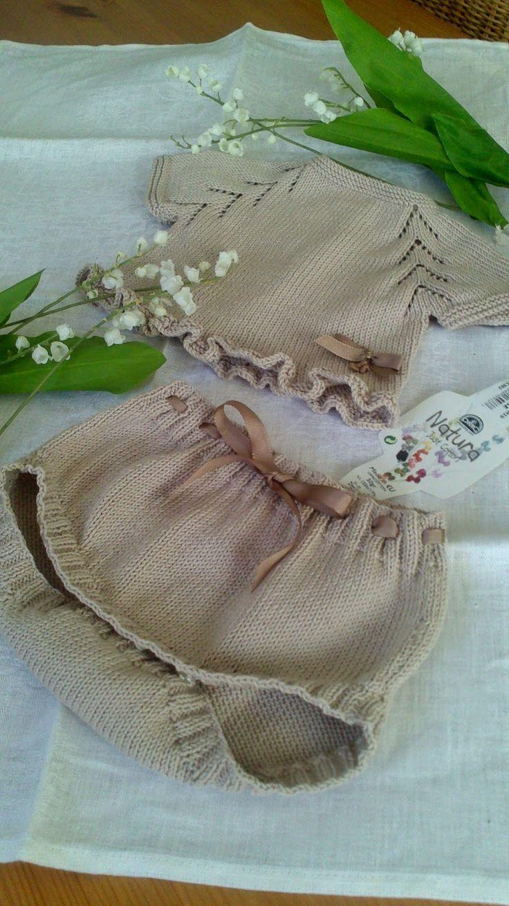 Tricot by muguete: Conjunto de jersey y braguita bebé
