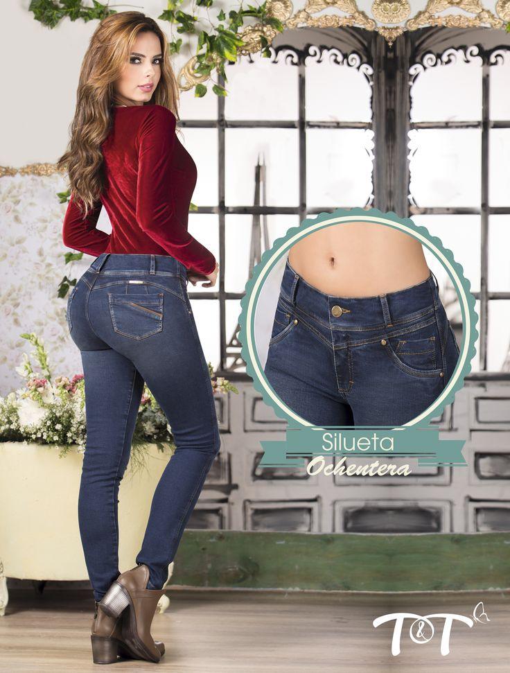 Lo bueno siempre vuelve y la silueta ochentera no es la excepción. Los jean s altos de un solo botón, toman protagonismo y se hacen notar en este 2017… Vuelve a la moda de los 8`s con tus jeans T&T #JeansLevantacola #TytJeans #Rutademoda2017
