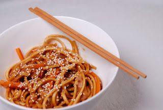 Eerst Koken: Japanse udon noedels met witte kool, sesam en een ...