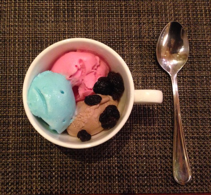 Smurf and Bubblegum homemade gelato @ Sailendra Restaurant