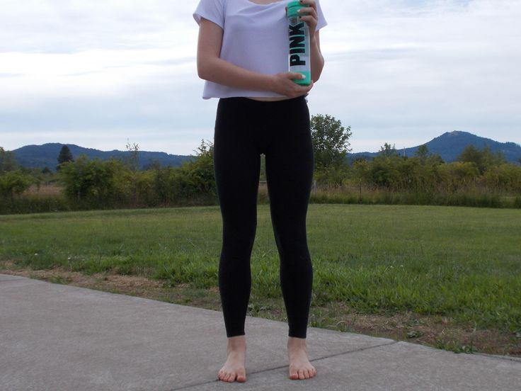 black and white simple outfit with pink water bottle- inspired by pink