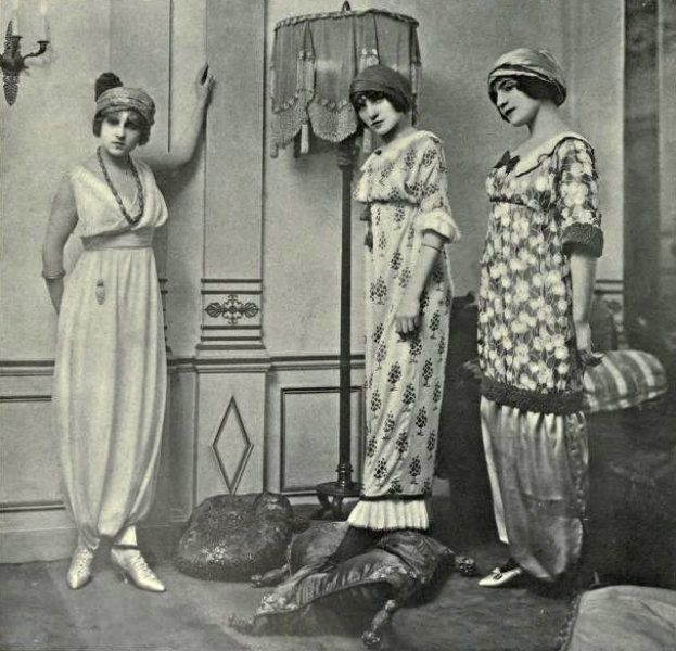 ∴ Trios ∴ the three graces, sisters, triplets & groups of 3 in art and vintage photos - Poiret dresses, 1911