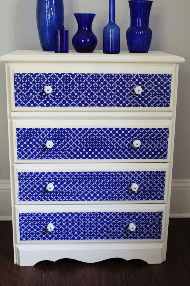 Dresser+Makeover+with+Chalk+Paint+and+Duct+Tape