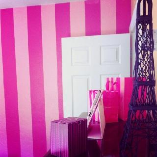 victorias secret stripes in my room please pleeeeasee