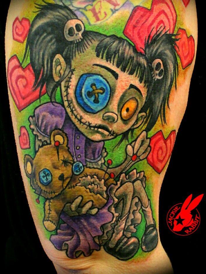 Tattoos                                                                                                                                                                                  Más