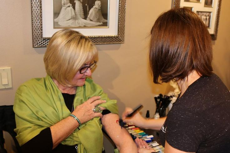 Temporary tattoos are great for adults and kids alike! Start  planning your event today at lainetoo.com!