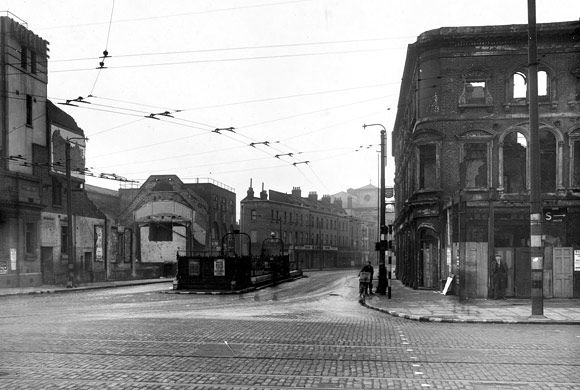 Junction of Burdett Road and Mile End Road, 1941