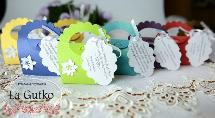 Podziękowania dla gości na urodziny, ślub w różnych kolorach. Więcej na www.lagutko.pl