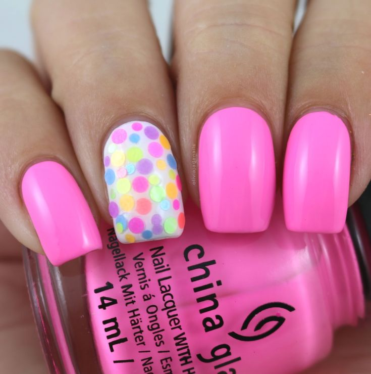 The Digit-al Dozen Does All That Glitters: Glitter Placement by Olivia Jade Nails