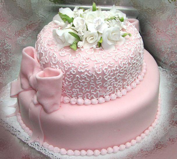 В кого бросили торт фото 6