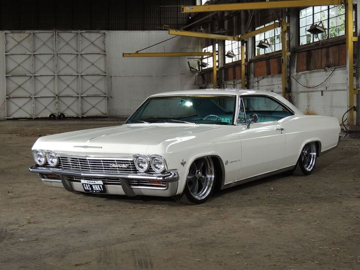 1965 Chevy Impala - Gas Monkey Garage....dammit i dnt want 2 talk about it. - more amazing cars here: http://themotolovers.com