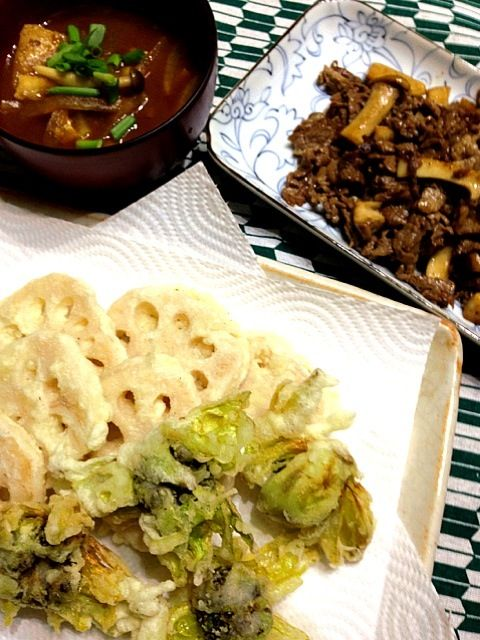 ふきのとう、思った以上にほろ苦かった - 8件のもぐもぐ - れんこんとふきのとうの天ぷら、牛肉とエリンギの中華炒め by pepori