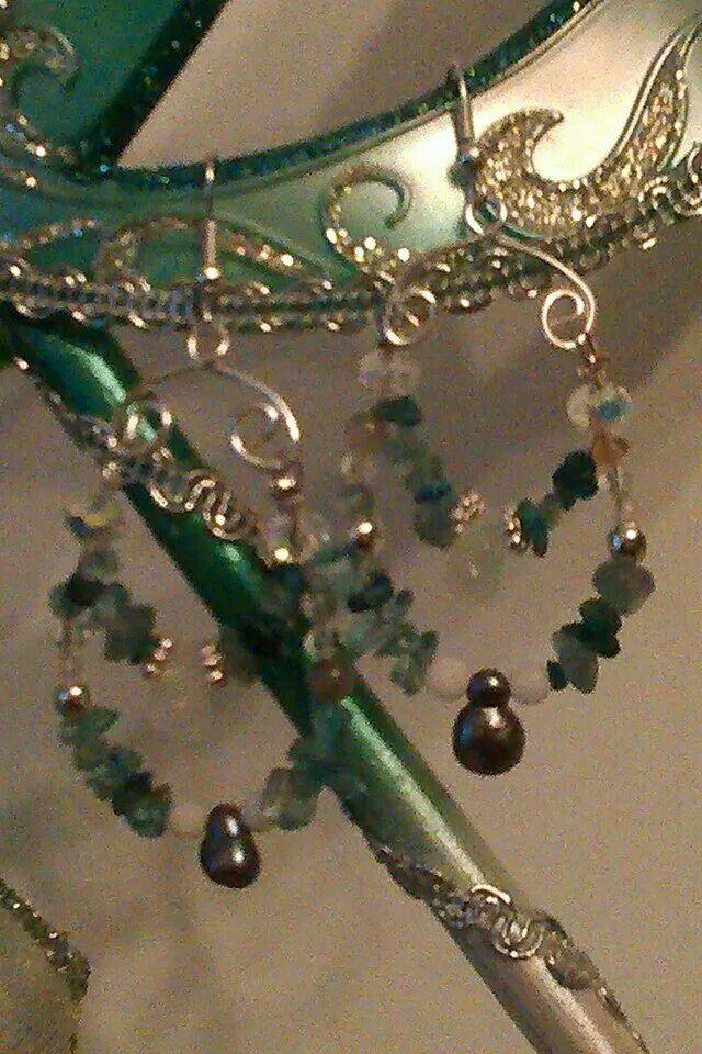 Handmsde real gem & pesrl with crystals baroque earings £12