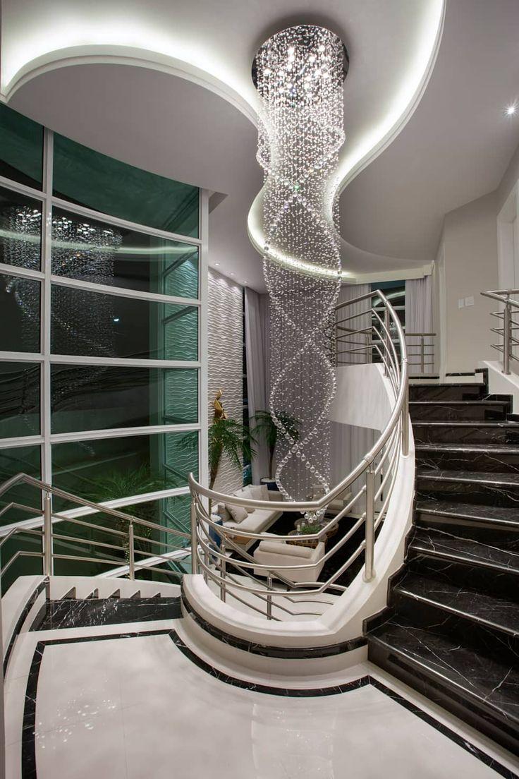 Casa Tripoli: Corredores, halls e escadas modernos por Arquiteto Aquiles Nícolas Kílaris