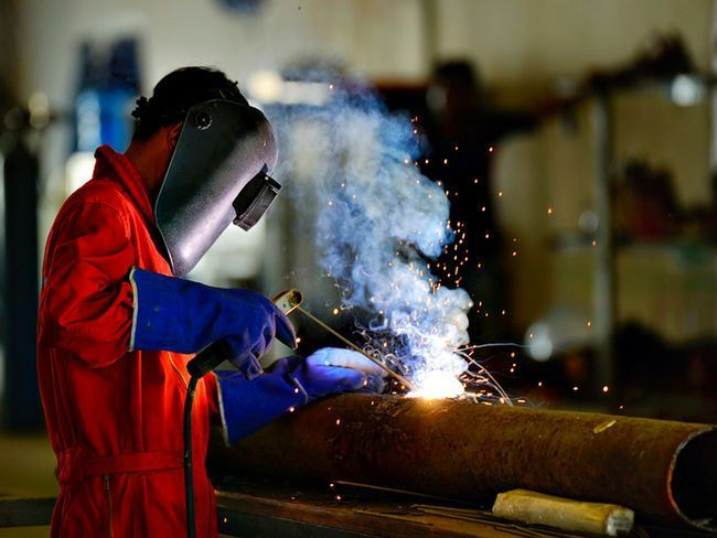 "Consider a non-traditional path to getting a job with a healthy future / Six Nations Polytechnic's programs  ""allow a pathway for those who may otherwise be ineligible to further their education in the trades, they help others transition into a college setting and allow them to sample some of the trades while earning a college certificate, and lastly, provide graduates with the skills required to gain steady employment."""