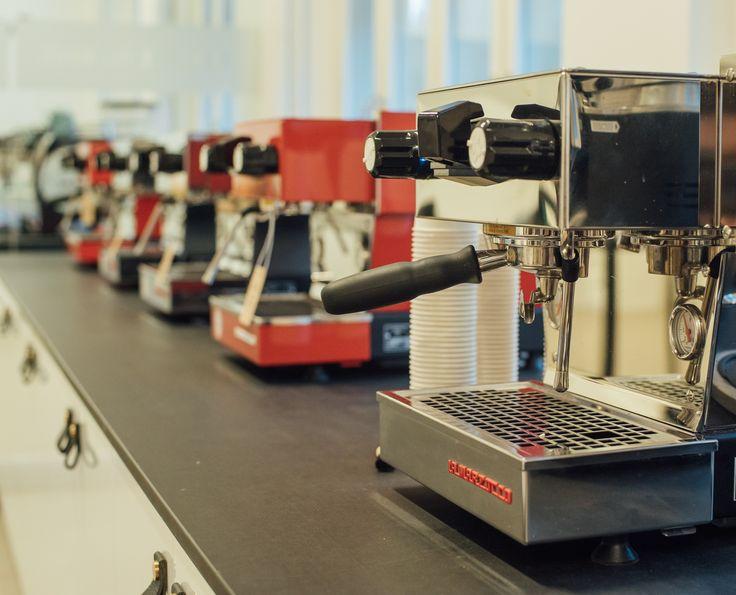 La Marzocco Linea 2EE 2 group Espresso Machine Handmade in Italy Make Offer