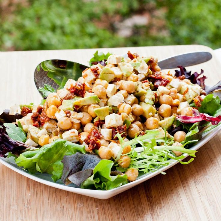 Avocado Chickpea Feta Sun-Dried Tomato Salad | avocadopesto.com