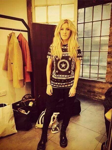Ellie Goulding... I need her hair