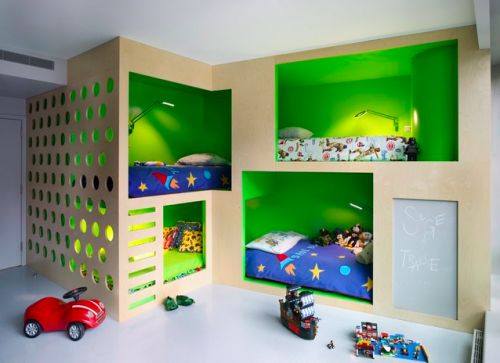 Cool Kids Bunks & Room http://www.chictip.com/inspirational-interiors/get-inspired-10-beautiful-contemporary-bunk-beds