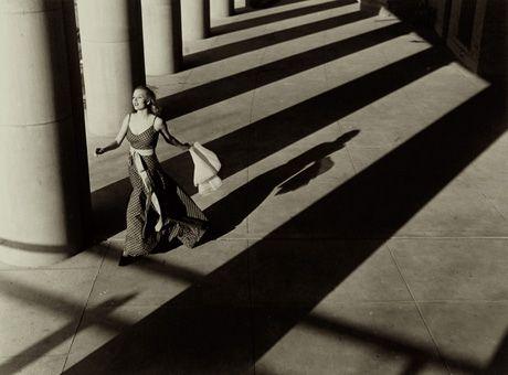 Martin Munkacsi, Harper's Bazaar photograph; PF83379.jpg