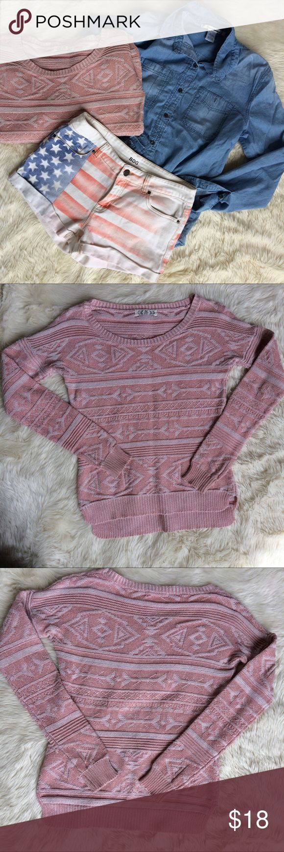 Aztec tribal print sweater dusty rose sz S No snags or pilling. Nearly new condition. Pink Rose Sweaters Crew & Scoop Necks