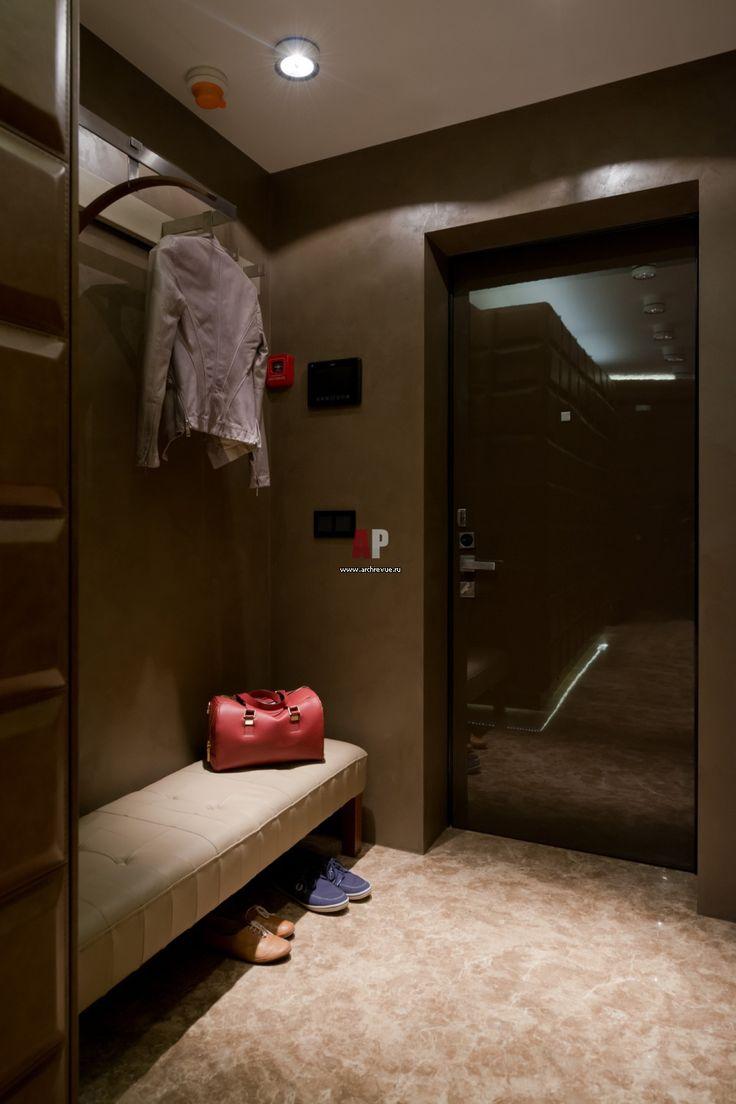 Фото интерьера входной зоны небольшой квартиры в современном стиле