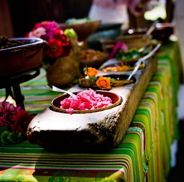 Ideas salsa decor on table