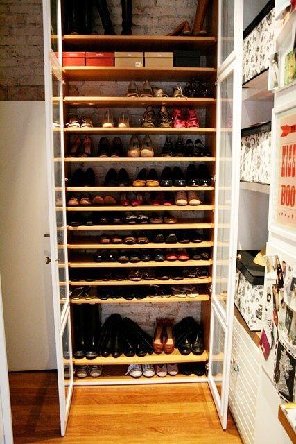 Shoe Closet By Tessa