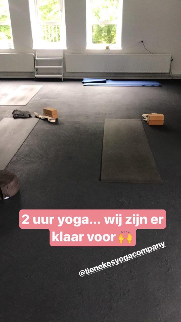 Deze week is het vierde inspiring influencers event van SmartUp Network in Rotterdam, extra lange yoga les en hard aan het werk
