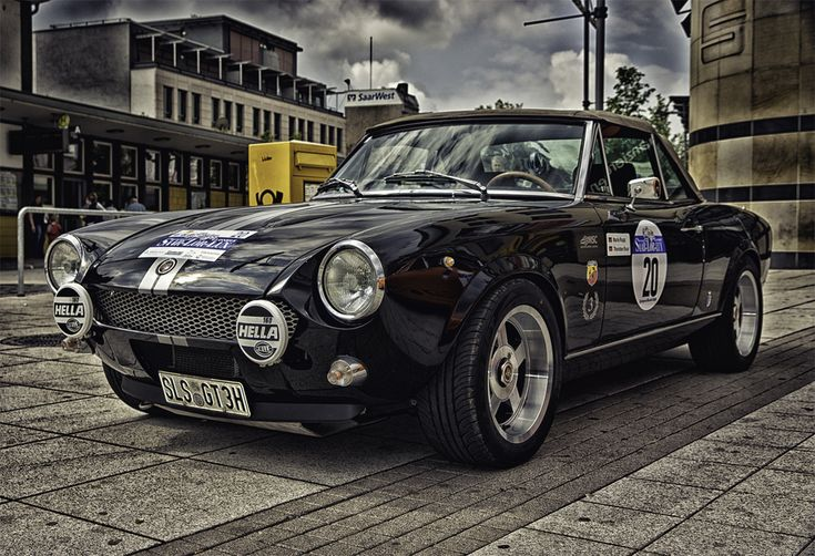 fiat 124 spider w/rally lights