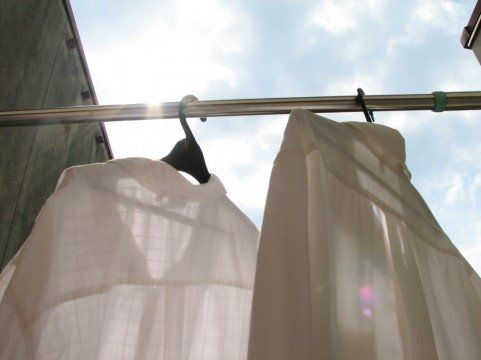 重曹で白シャツの黄ばみをおとす方法   nanapi [ナナピ]