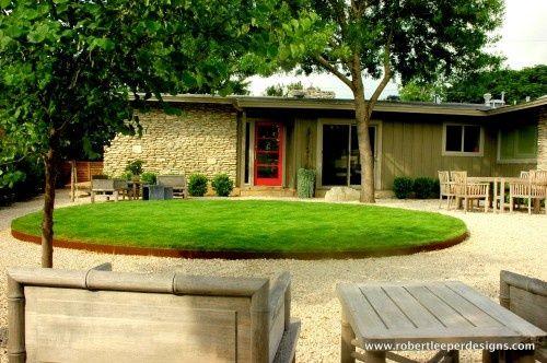 Corten Steel Landscape Edging | Round lawn with corten edging