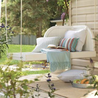 Dionne Designs: Sweet Tea & LemonadeDecor, Ideas, Porch Swings, Pallets Swings, Outdoor Living, Dreams House, Gardens, Front Porches, Porches Swings