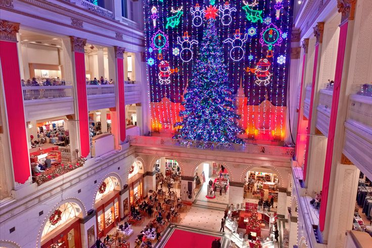 Photo credit: Visitphilly.com. Beautiful Christmas Scenes from Philadelphia.