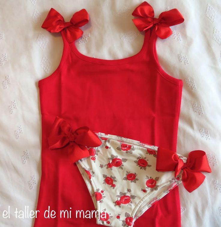 Conjunto de baño para niña en rojo. Bikini y camiseta de tirantes. Modelo Lazos