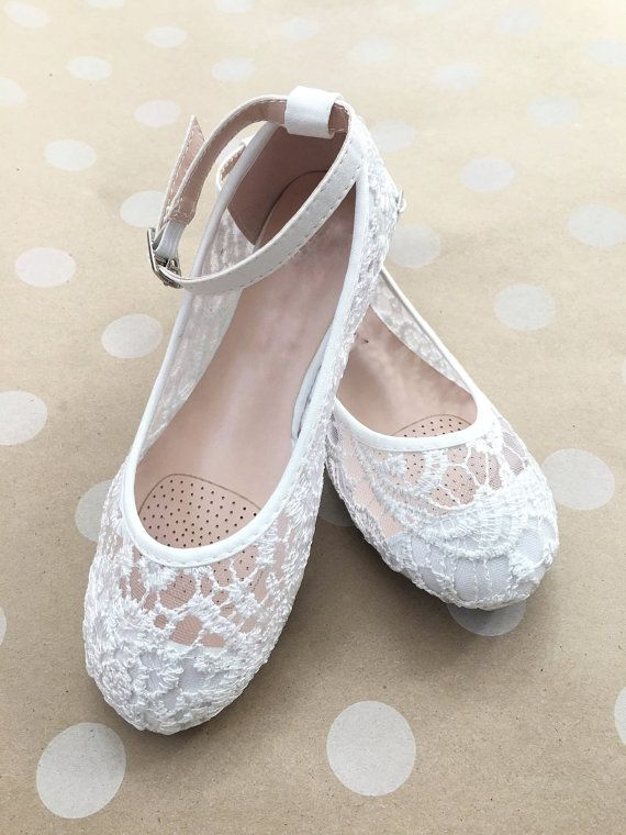 GIRLS SHOES Flower Girl Shoes White Lace Ballet Flats by kaileep