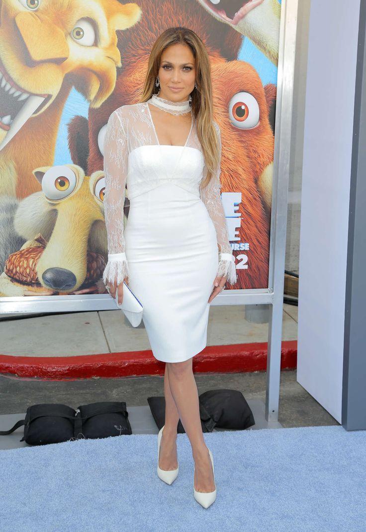 Jennifer Lopez Wears a Metallic Ensemble on American Idol