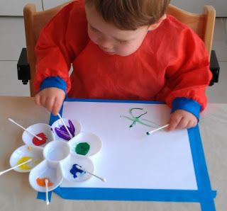 Toddler Art - Painting with Q Tips
