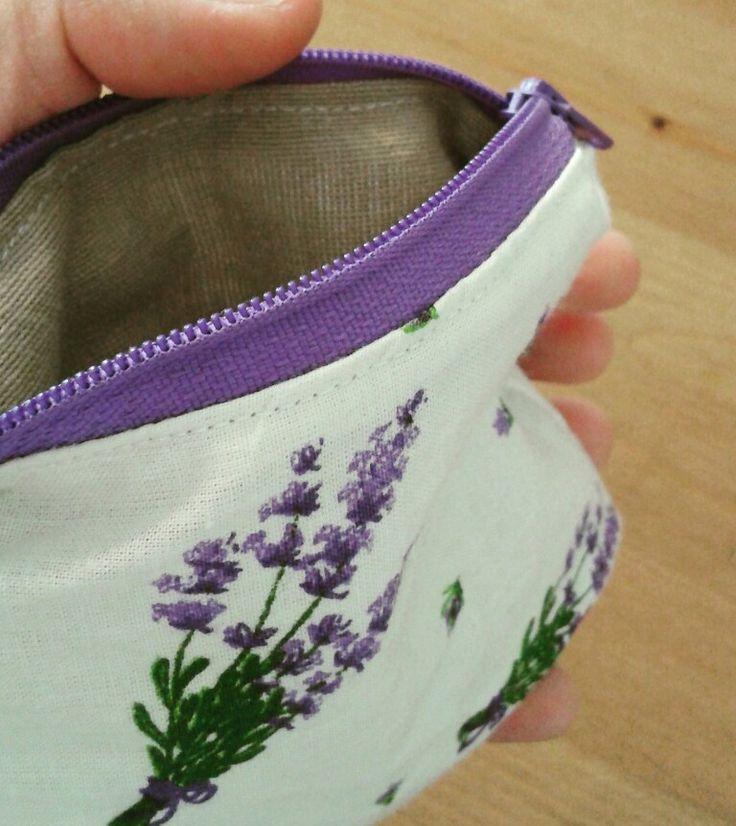 Mini zipped pouch