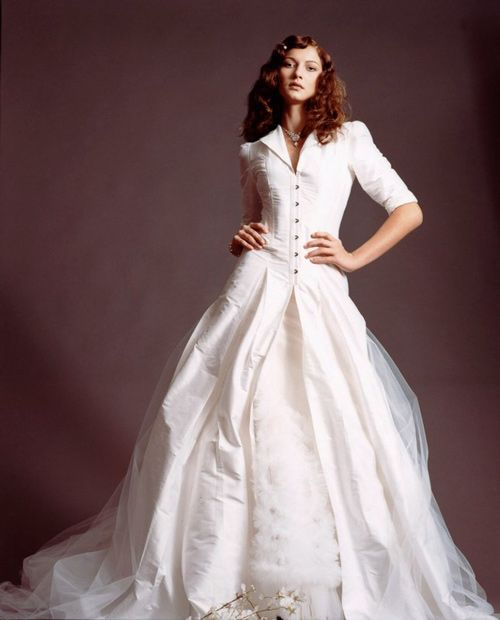 Long Sleeved Taffeta Net Winter Wedding Dress