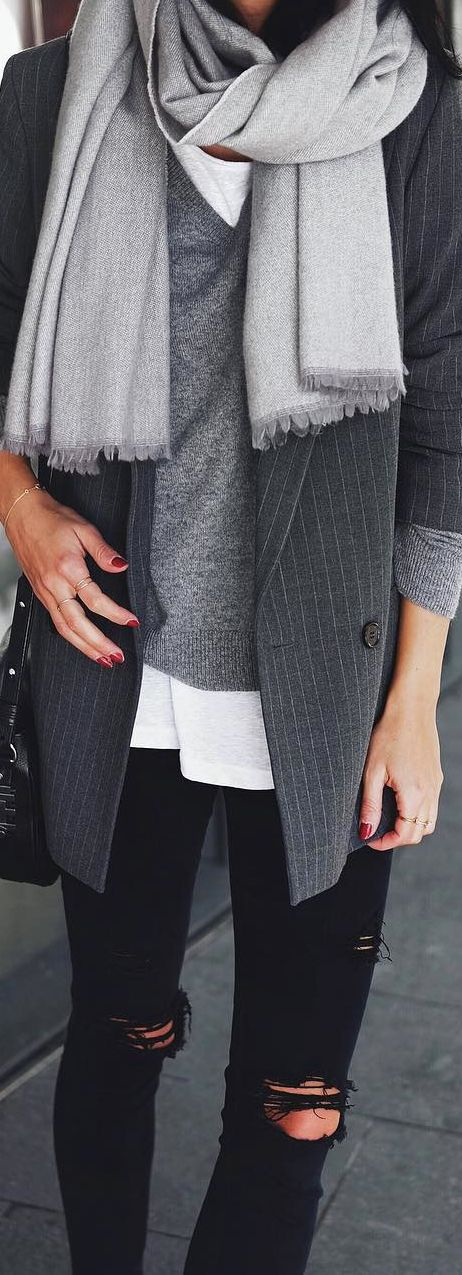 Autumn Street Fashion | Layering Tones of Grey