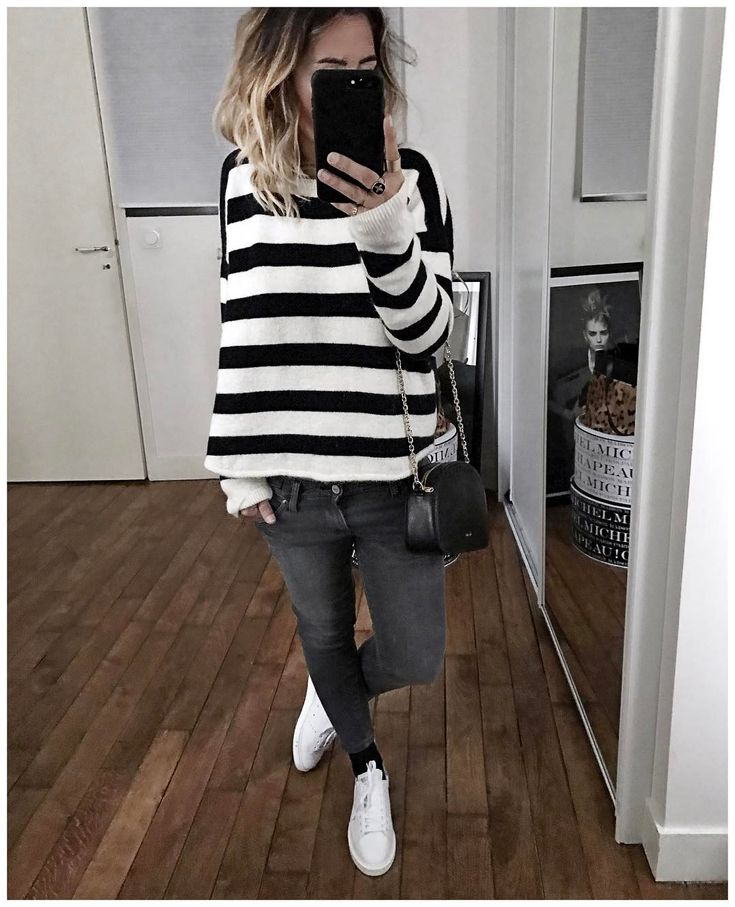 "7,492 Likes, 111 Comments - Audrey Lombard (@audreylombard) on Instagram: ""⚪️ • Jacket from @cozettelille • Top #roseanna (from @vestiaireco) • Jean #levis (old) • Sneakers…"""