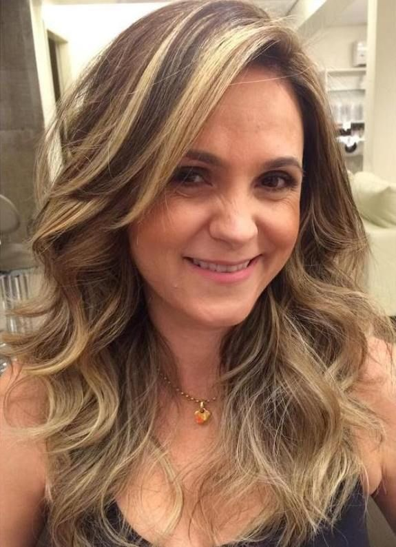 hair styles for short women 1000 ideas about brown curly hair on brown 4485 | 77602b388ae4485af55915b745bc8b85